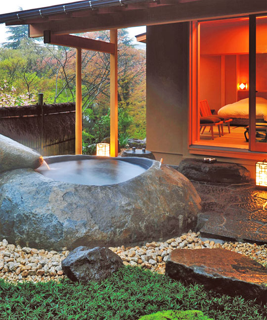 Traditional Japanese Home Decor: A Traditional Japanese Ryokan Experience