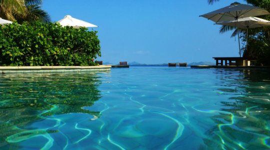 8 Hotels With Awe Inspiring Infinity Pools